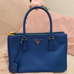 Prada saffiano leather blue galleria medium tote